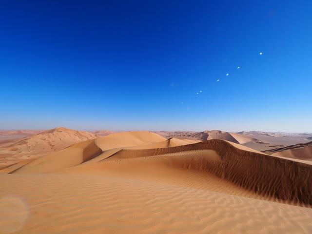 ルブ・アル・ハーリー砂漠.jpg
