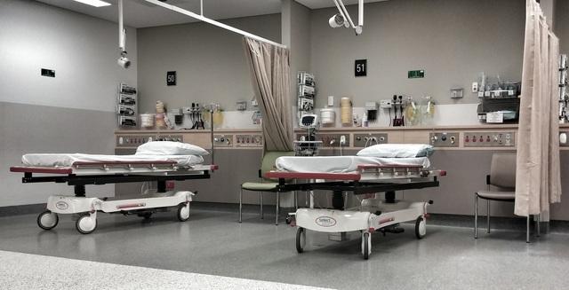 病院内の病室の風景.jpg