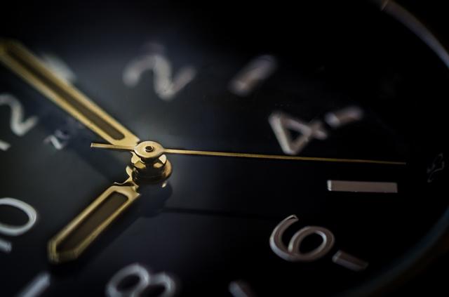 腕時計のアップ.jpg
